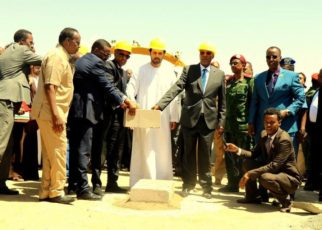 The ground breaking ceremony for the construction of the road to be funded by the United Arab Emirates and the Abu Dhabi Fund for Development Construction Company was held on Thursday morning led by Somaliland president Musa Bihi.
