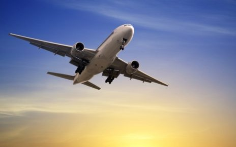 Airlines' mobile apps typically contain an average of 21 vulnerabilities each and transmit data over multiple unsecured connections, researchers find.